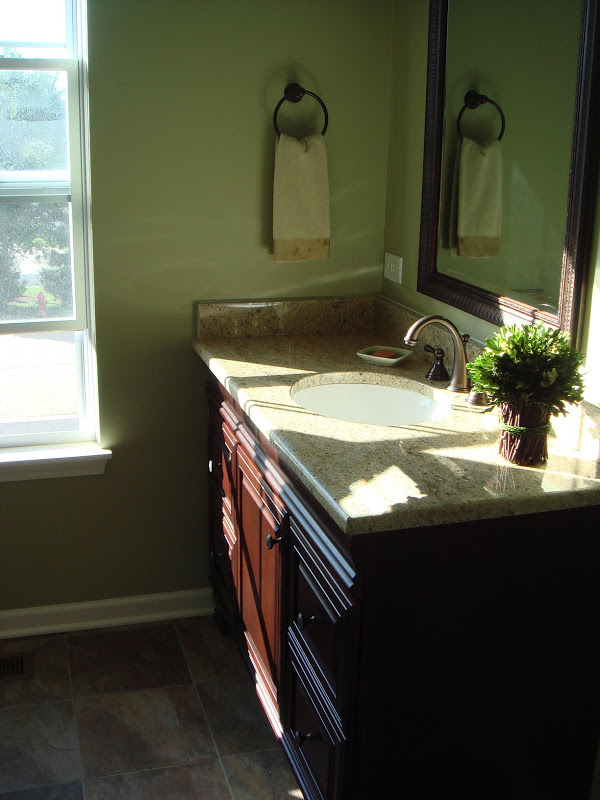 Avc construction full service general contractor for Bath remodel gurnee